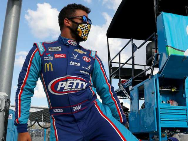 Bubba Wallace's 'Love Over Hate' Photo Has People Talking