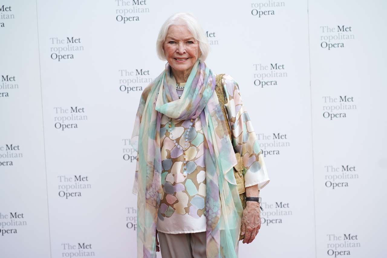 Ellen Burstyn Draft Day