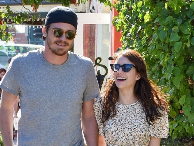 Emma Roberts Confirms Pregnancy With Garrett Hedlund, Reveals Sex of Baby