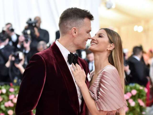 Gisele Bundchen Sends Message to Tom Brady on His 43rd Birthday