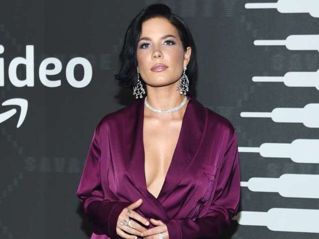 Halsey Apologizes to Fans After Eating Disorder Photo Causes Uproar