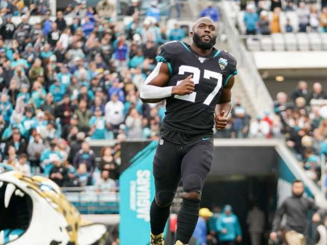 Jaguars Cut RB Leonard Fournette After 3 Seasons, and Social Media Weighs In