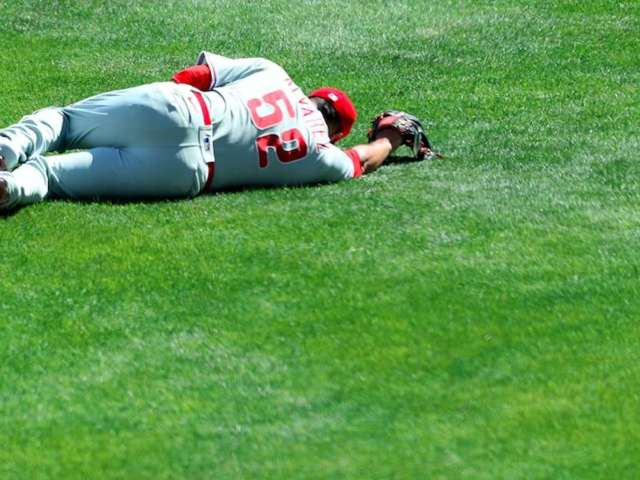 Baseball Fans Feel the Pain After Phillies' Jose Alvarez Takes Line Drive to the Groin
