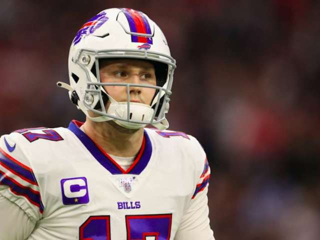 Bills' Josh Allen, Chiefs' Patrick Mahomes Agree to 'Strongest Arm' Challenge