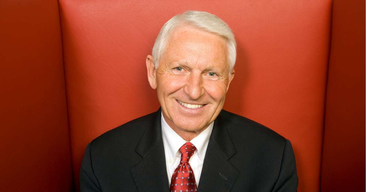 Lute Olson hall of fame Basketball coach dead 85 Arizona Wildcats