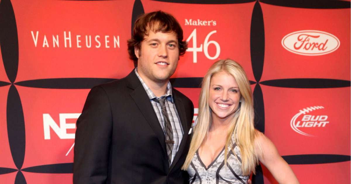Matthew Stafford fans sound off wife Kelly message blasting NFL positive COVID-19 test