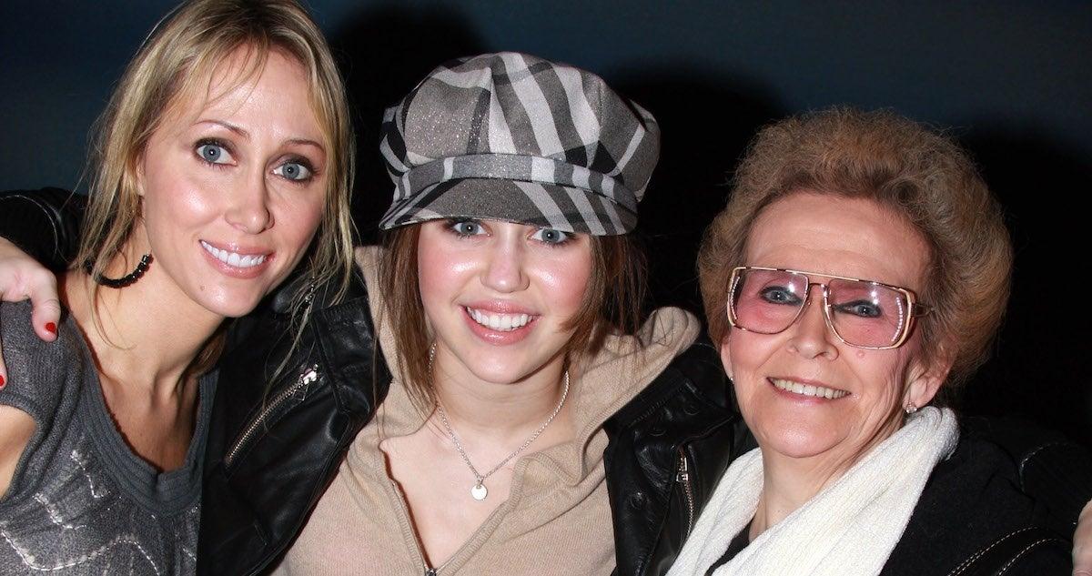 miley-cyrus-mom-tish-grandma-mammie-getty