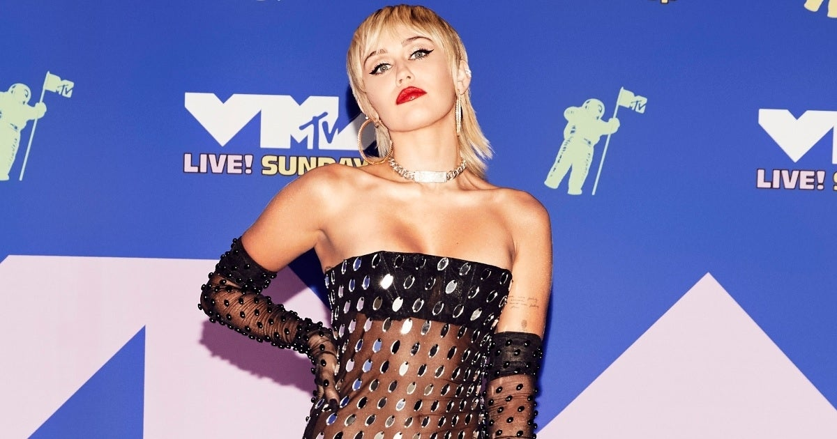 miley cyrus vmas getty images