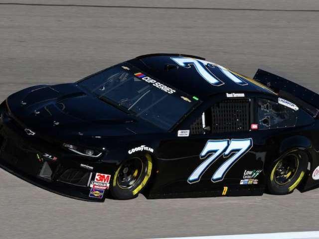 NASCAR: Netflix, Spire Motorsports Partner for 'Fake Steak' Car to Promote Kevin James Sitcom