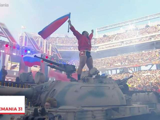 Lana and Rusev Apparently Got Intimate on WrestleMania 31 Tank