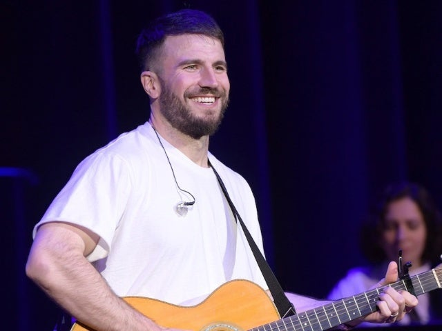 Sam Hunt Covers Garth Brooks' 'What She's Doing Now'