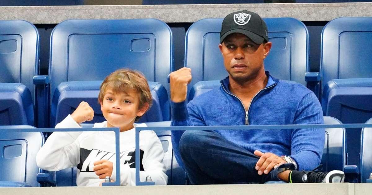 Tiger Woods son dominates golf tournament dad caddie