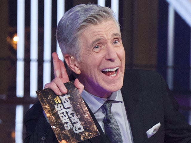 Tom Bergeron Catches up With 'Dancing With the Stars' Alum While Social Distancing