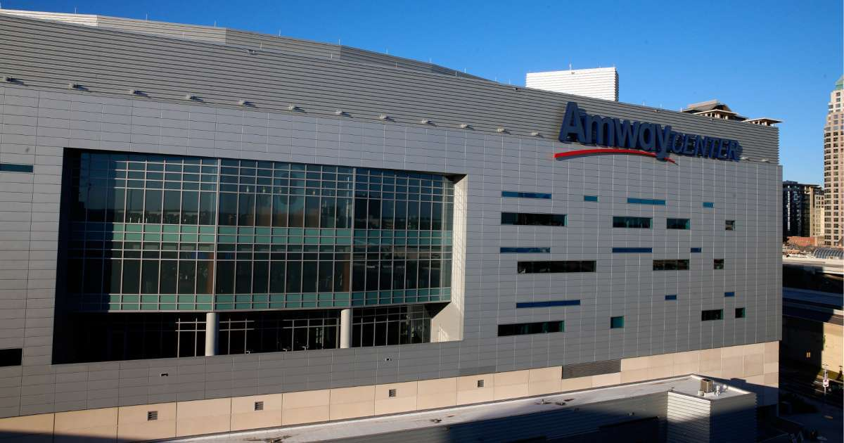 WWE Summerslam take place Orlando Amway Center