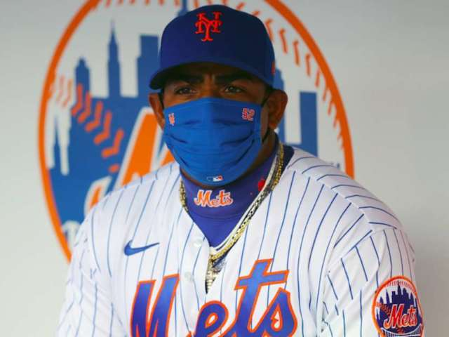 Mets' Yoenis Cespedes Spotted out Dancing Ahead of Coronavirus Opt-Out