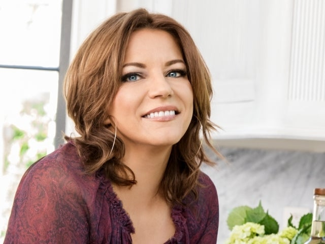 Martina McBride Teams With Country Crock to Support Farmers and Sustainability (Exclusive)