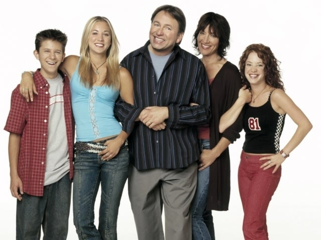 'Big Bang Theory' Star Kaley Cuoco Pays Tribute to Late TV Dad John Ritter 17 Years After His Death