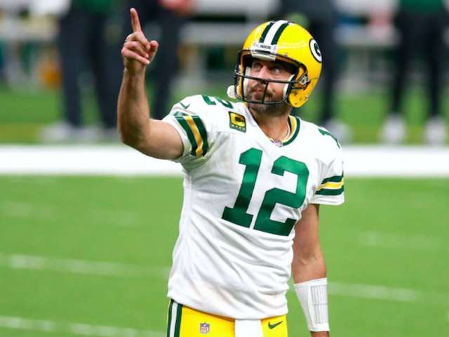 Packers' Aaron Rodgers Details Seeing a UFO and Pursuing Fighter Jets 15 Years Ago
