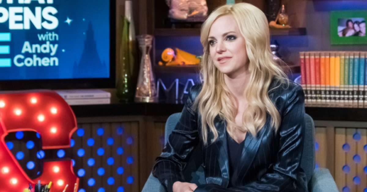 Anna Faris leaving Mom Season 8