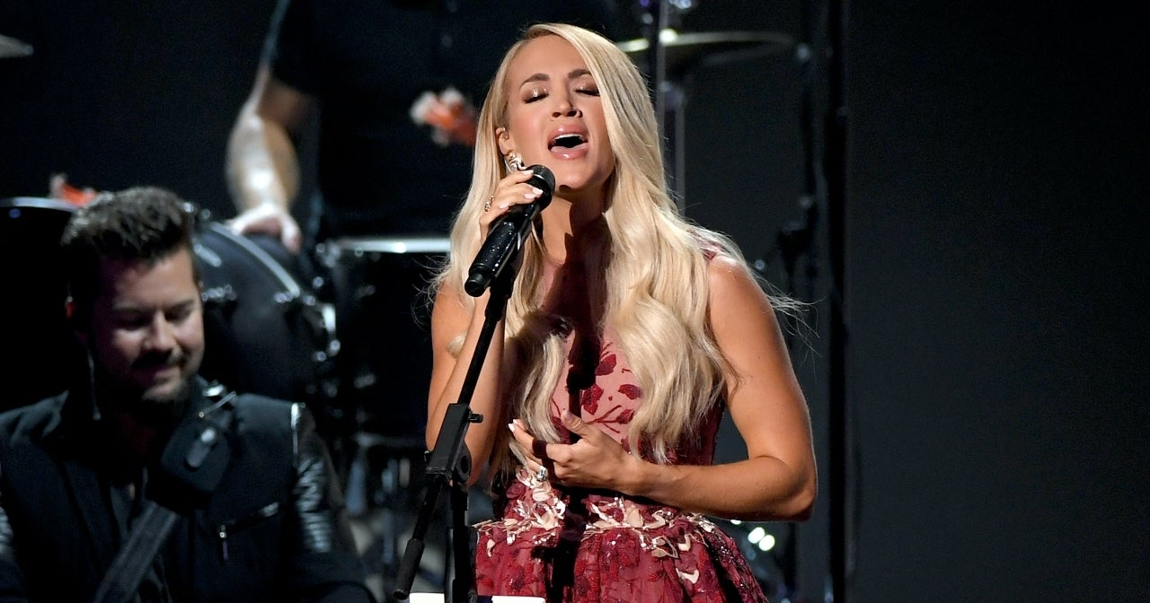 carrie-underwood-acms