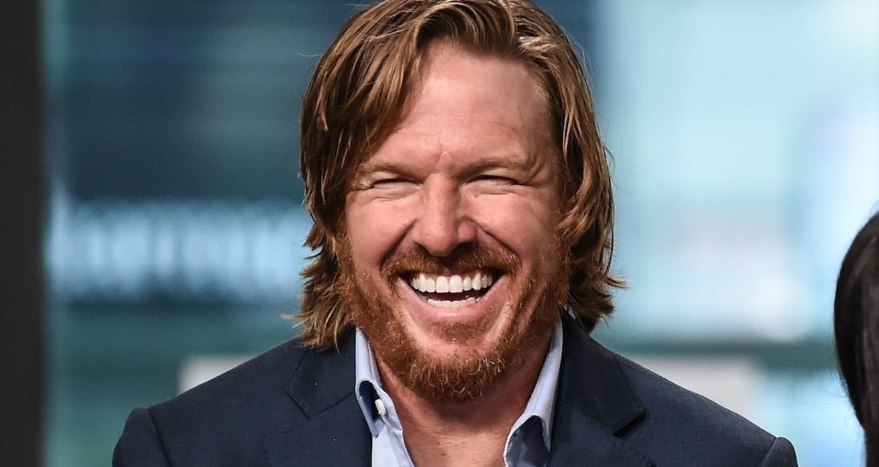 Chip Gaines Is Putting $1,000 Checks in Copies of His New Memoir 'No Pain, No Gaines'.jpg