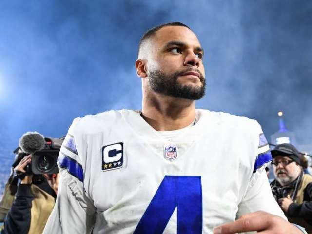 Dak Prescott Reveals How Cowboys Should Handle Kneeling During National Anthem