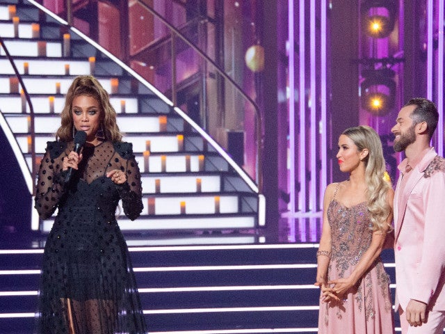 'Dancing With the Stars' Fans Spot Awkward Moment With Tyra Banks and Kaitlyn Bristowe
