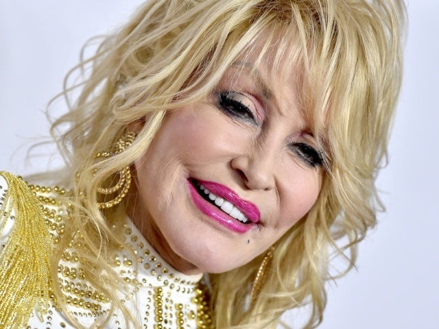 Dolly Parton Explains Why She Turned Down a Super Bowl Halftime Show Appearance