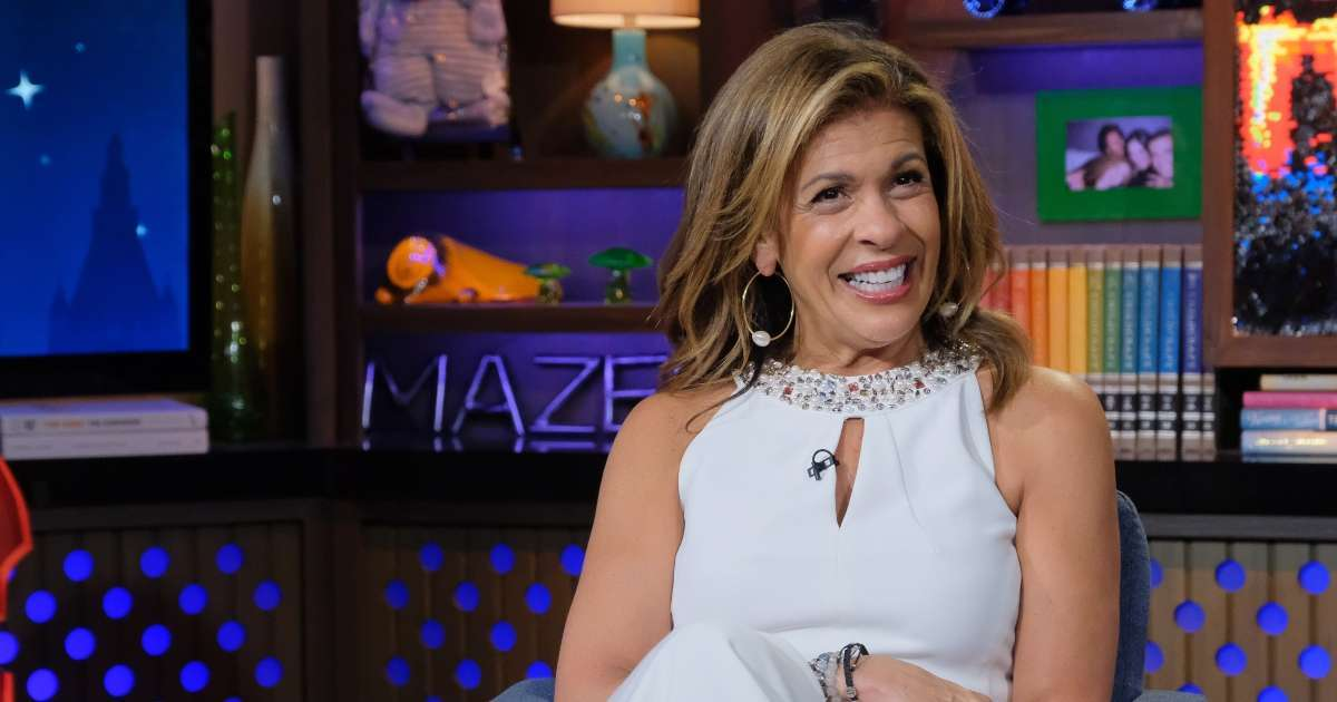Hoda Kotb cheers Saints Carrie Underwood Sunday Night Football