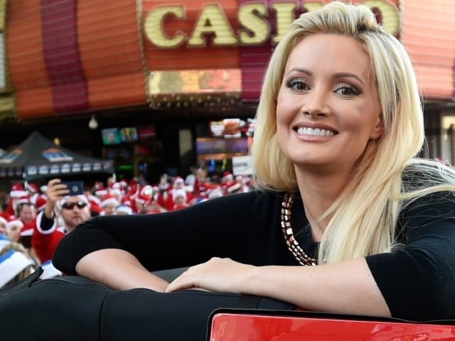 Holly Madison, 'Girls Next Door' Star, Shows off Dramatic Transformation 4 Years After Giving Birth to Second Child
