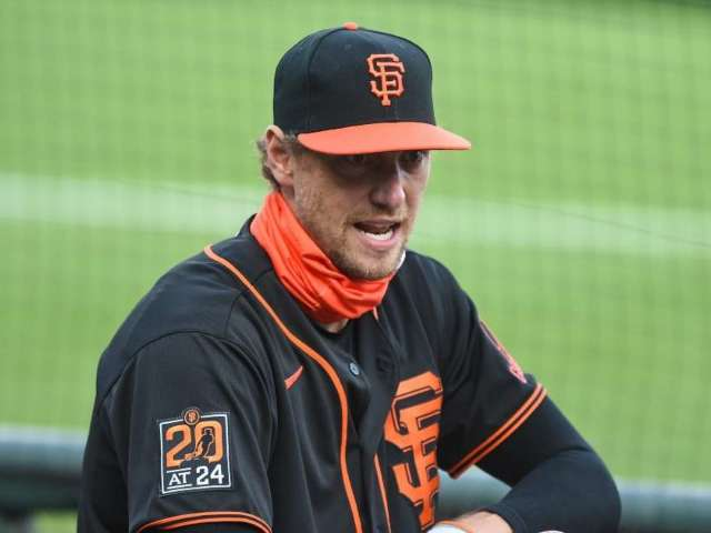 Former Giants All-Star Hunter Pence Retires From Baseball After 14-Year Career