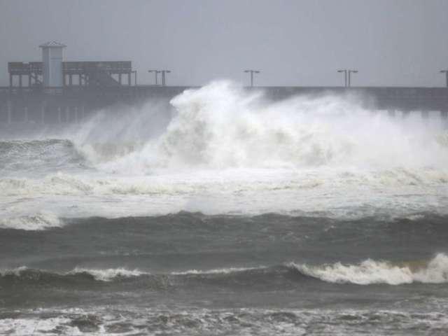 Hurricane Sally Causes Serious Flooding in Pensacola as It Makes Landfall in Florida