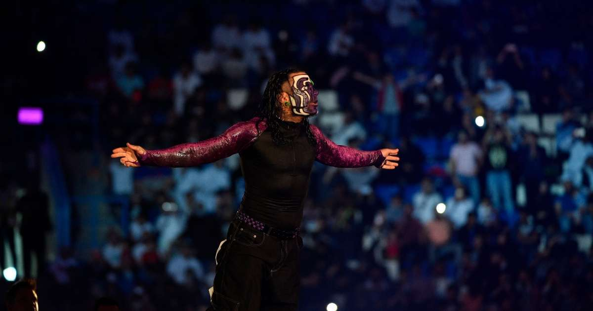 Jeff Hardy signs new contract WWE