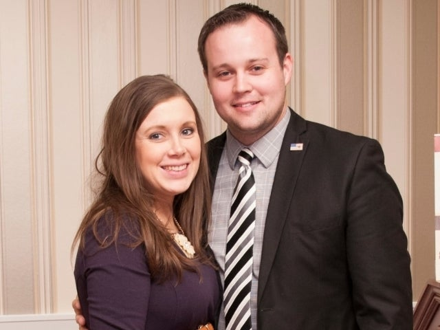 Josh and Anna Duggar Reportedly Living in Jim Bob's Guest Home Warehouse