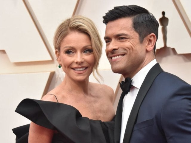 Mark Consuelos 'Missing' Wife Kelly Ripa While He Films 'Riverdale'