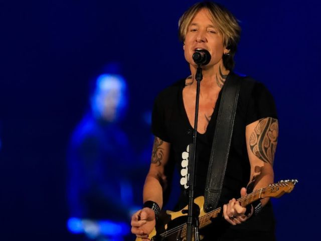 ACM Awards: Viewers Blown Away by Keith Urban and Pink's Duet