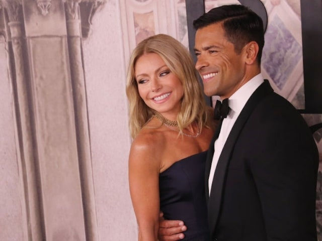 Kelly Ripa and Mark Consuelos Provide College Scholarships to 20 Homeless Students