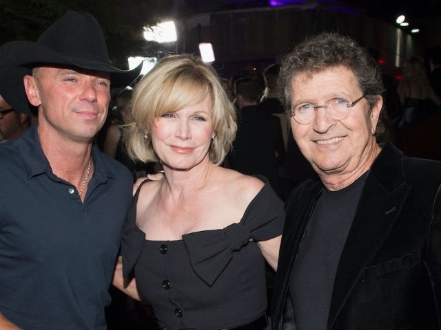 Kenny Chesney Tributes 'Great Friend' Mac Davis: 'A Blessing to Everyone'