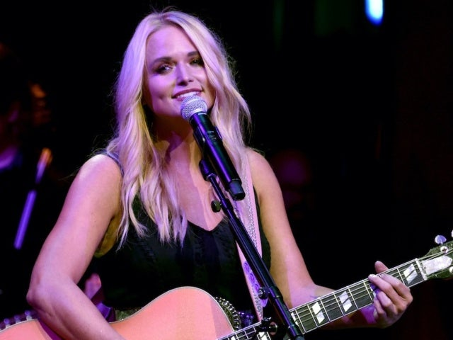 Miranda Lambert Shares New Single 'Settling Down'