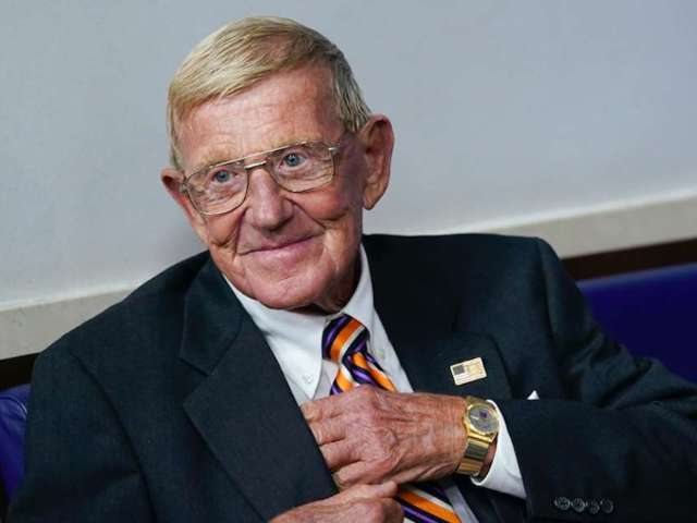 Donald Trump to Honor Former Notre Dame Coach Lou Holtz With Presidential Medal of Freedom