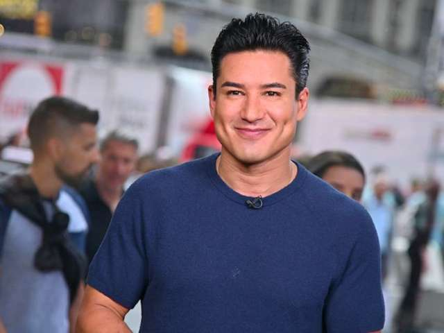 Mario Lopez Partners With NASCAR to Promote, Explain Playoffs
