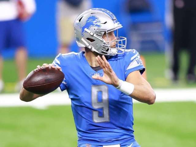 Matthew Stafford's Wife Kelly and 3 Daughters Adorably Cheer Him on for Season Opener