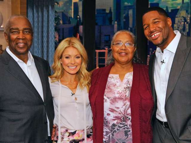 Michael Strahan Fans Reach out After His Dad's Death