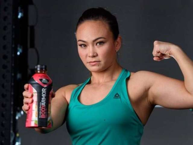 UFC Star Michelle Waterson Explains Why She's 'Championship Material,' How She's Staying Hydrated With BODYARMOR (Exclusive)