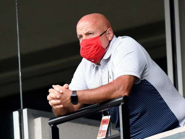 Umpires Eject Nationals General Manager Mike Rizzo From Luxury Suite