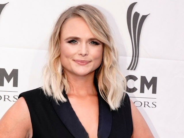 Miranda Lambert and Tourmates Win ACM Music Event of the Year