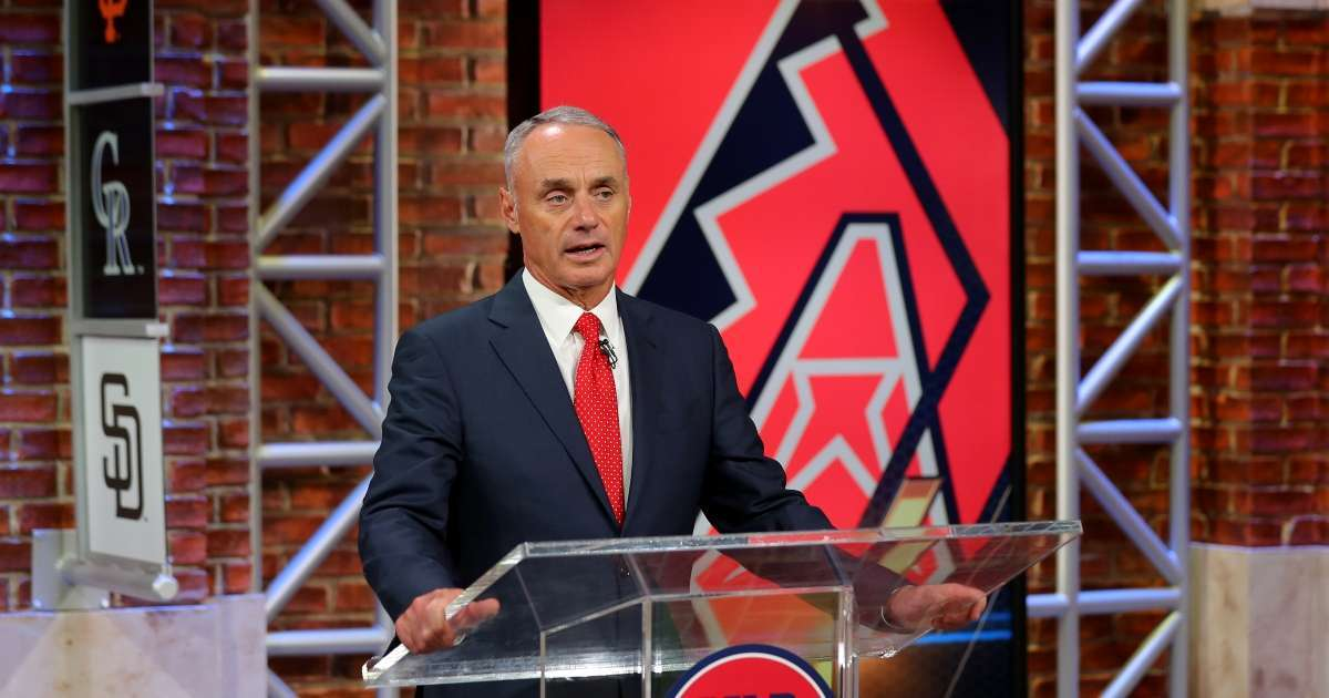 MLB commissioner Rob Manfred league plans fans NLCS World Series