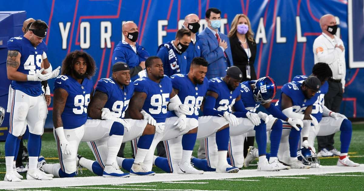 New York Giants kneel national anthem Steelers game