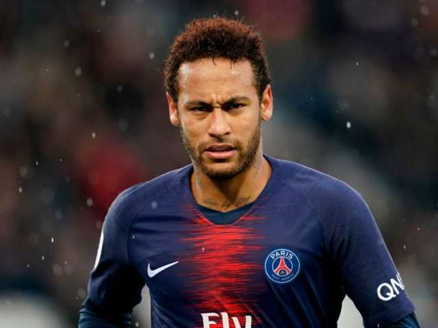 Neymar Tests Positive for COVID-19