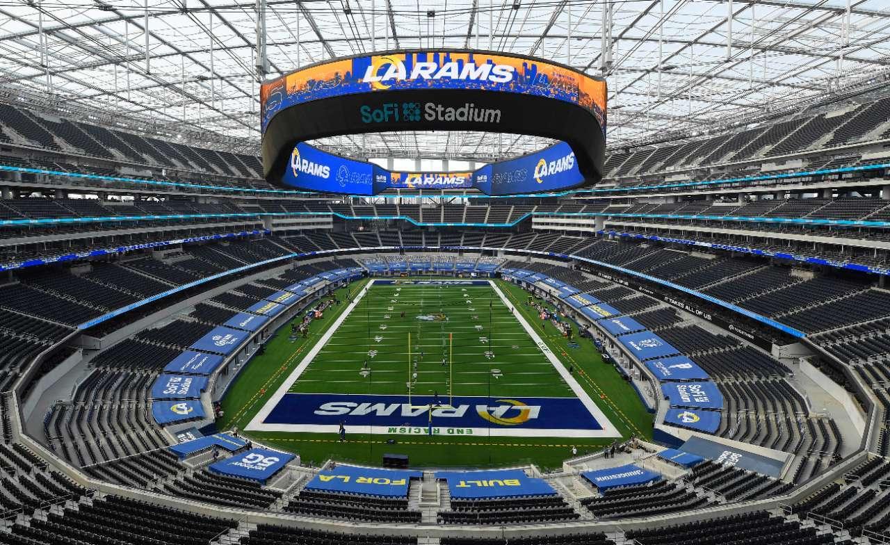 NFL fans games Rams